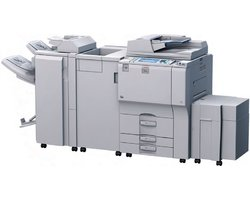 Máy photocopy Ricoh Aficio MP 7000